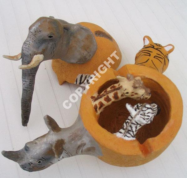 Oeuf+africain+grès,++acrylique,+résine.jpg