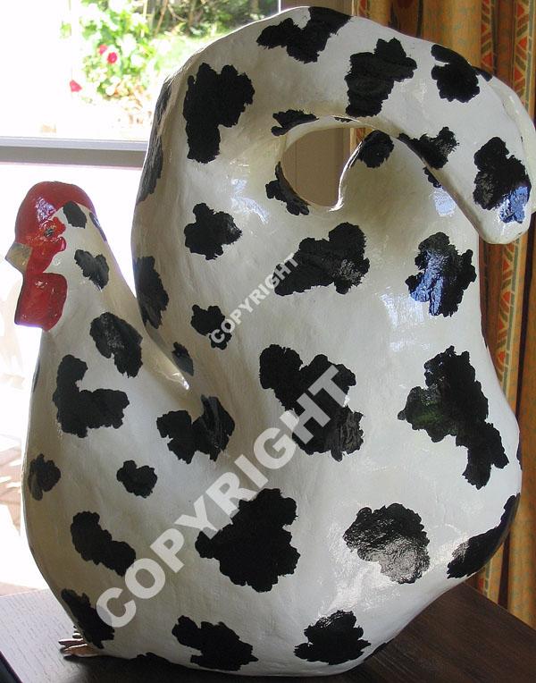 Poule+vache+plâtre,+acrylique,+résine.jpg