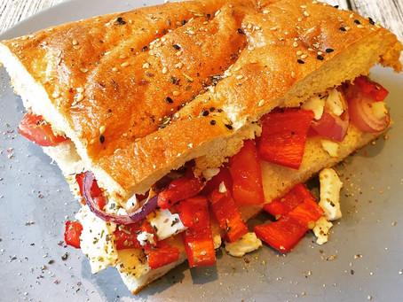 Fladenbrot gefüllt vegetarisch, auf griechische Art