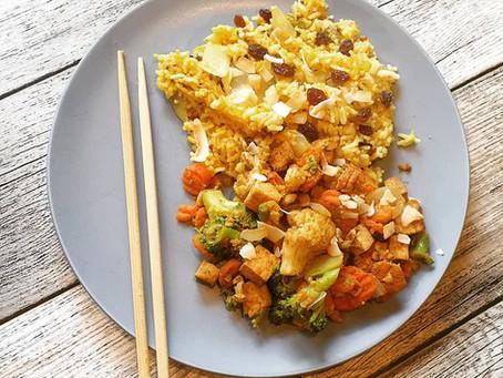 Veganes Reis Biryani mit Kokos-Curry Gemüse