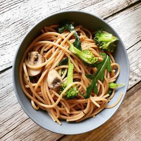 Gesunde Pasta mit Brokkoli, Rucola und Champions