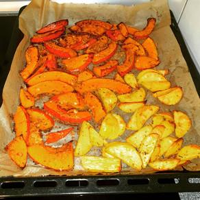 Ofengemüse aus paniertem Hokkaido und Kartoffeln