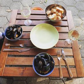 Miesmuscheln in Weißwein-Knoblauch Soße