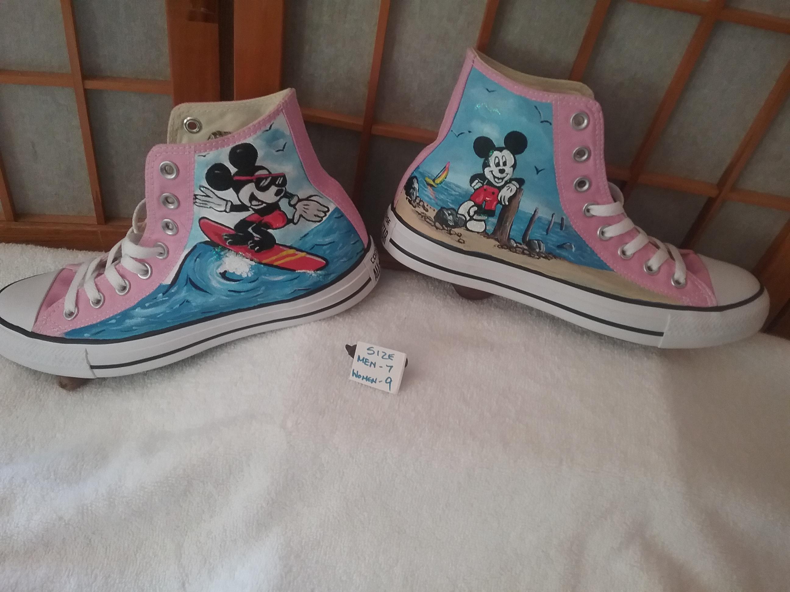 Surf Mickey