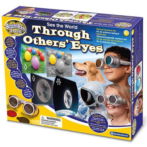 משקפת ראיית עולם בעיניים אחרות