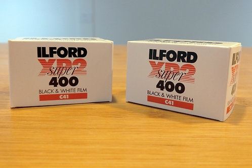 Ilford XP2 Super B&W Negative Film (35mm Roll Film, 36 Exposures)