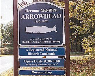 Arrowhead museum road sign