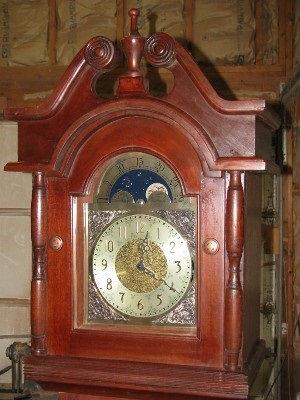 traditional mahogany grandfather clock-2 closeup