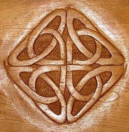 carved celtic knot for shaker cradle