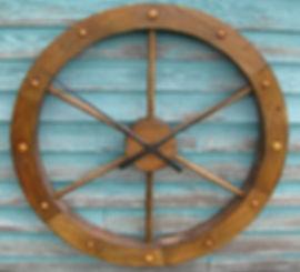 large wagon wheel clock