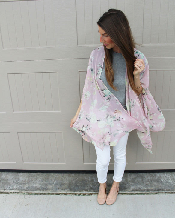 Floral Kimono & $75 Giveaway with Pink Blush!