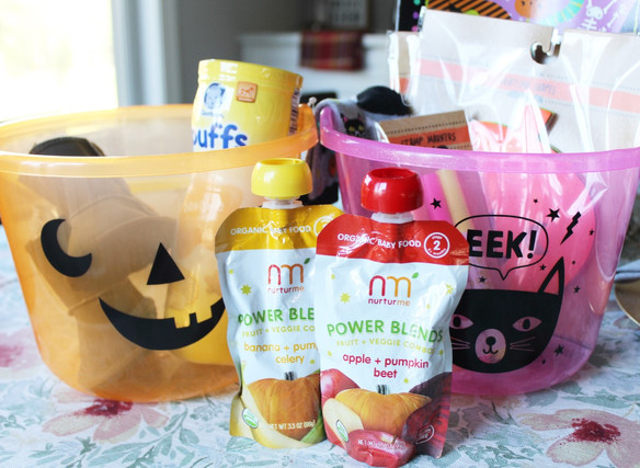 Happy Halloween! * Candy-Free Goody Buckets for the Littles