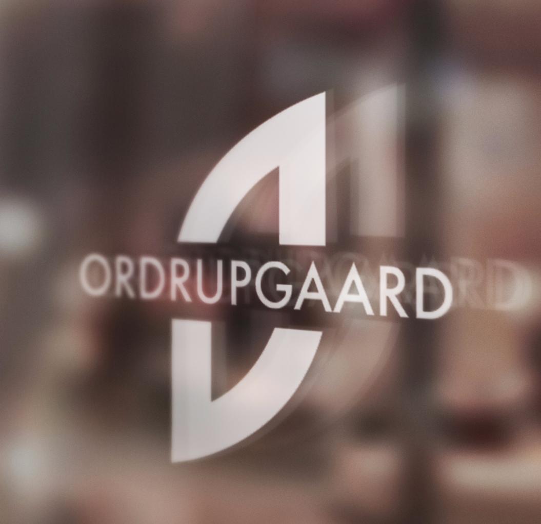LogoOnGlass_edited