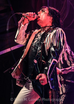 BML_Photography_325_RT_The Struts_House