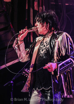 BML_Photography_305_RT_The Struts_House
