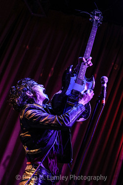 BML_Photography_6838_RT_Guitar Wolf_Beac