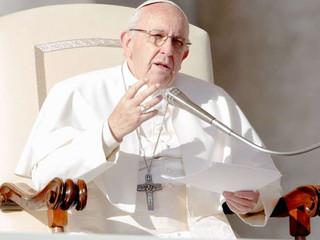 La misa nos libera de la muerte, del pecado y del miedo, afirma el papa francisco