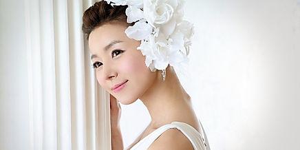 wedding hair styles, bride in bridal gown, wedding day