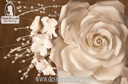 Lear to make gumpaste flowers