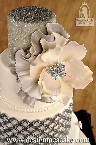 Magnolia cake design
