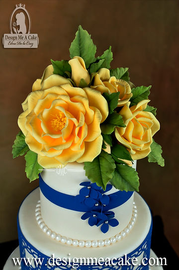 Open rose in gumpaste