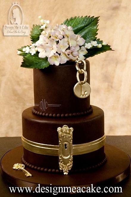 Keyhole & Key cake design