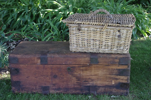 VINTAGE CHESTS