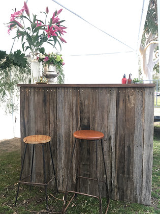 RUSTIC TIMBER BAR