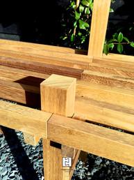 Adjustale bonsai + plant stand