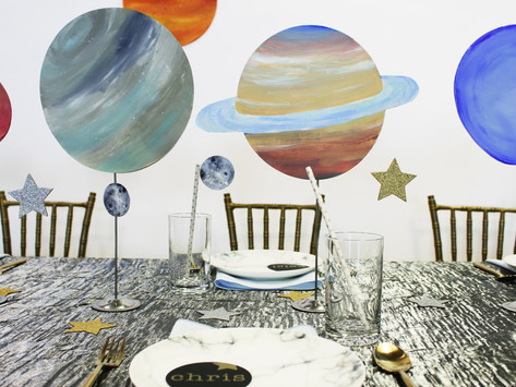 KID'S TABLE: OUTER SPACE