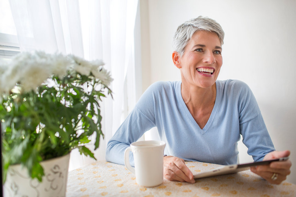 Mulher, com, tablete digital