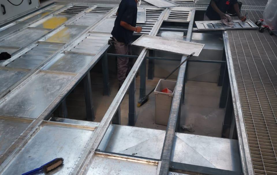 Cleaning of PREP BAYs 2.JPG