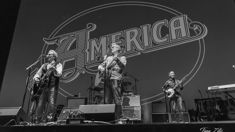 America Kicks Off 50th Anniversary Tour at the Tilles Center to a Sold-Out Crowd