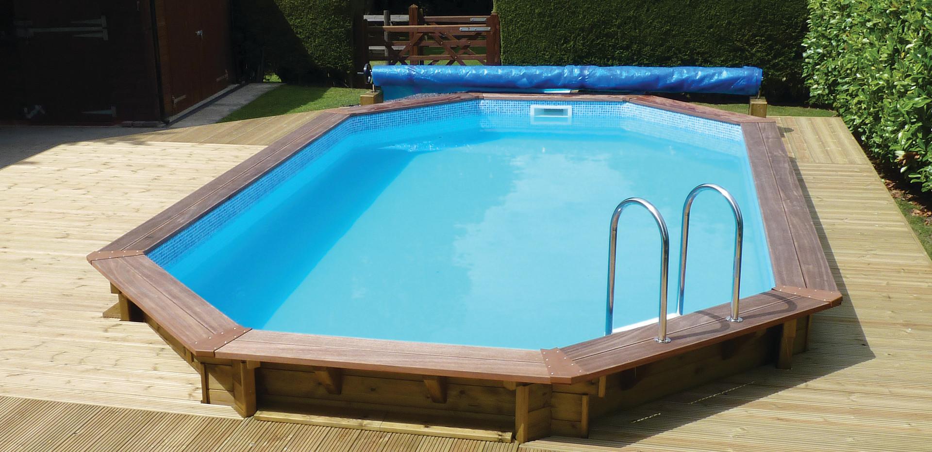 swimming pool 028 modified.jpg