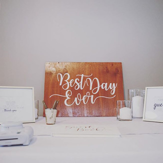 We love a clean and simple guestbook are