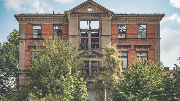 Landkrankenhaus M