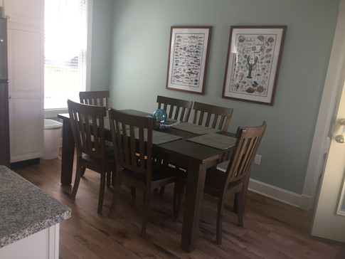 Cottage 702 - Dining Area.jpg