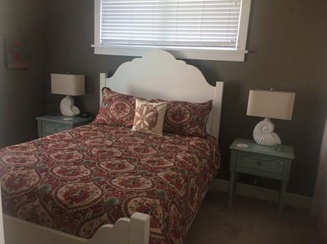 Cottage 702 - Master Bedroom.jpg