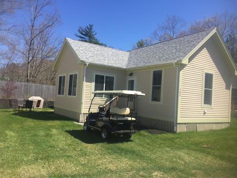 Side of Cottage 702.jpg