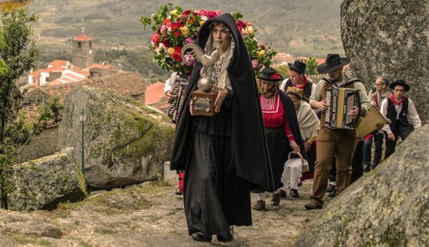 feira-medieval-monsanto-712x411.jpg