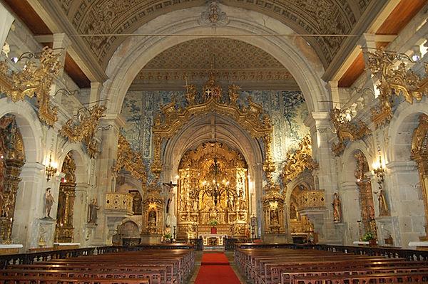 igreja interior.jpg