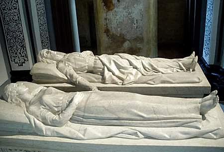 Teruel_-_Mausoleo_de_los_Amantes_3.jpg