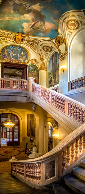 Grand Staircase iP.jpg