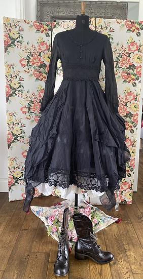 55730 Black Moth Dress