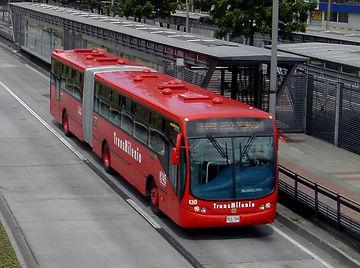 TransMilenio-3-min_edited.jpg