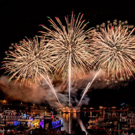 37 Marietta River Festival Fireworks.jpg