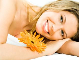 איך לבחור מזונות כדי למנוע עור פנים יבש