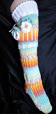 Magic Flower Socks (Digital knitting Pattern)