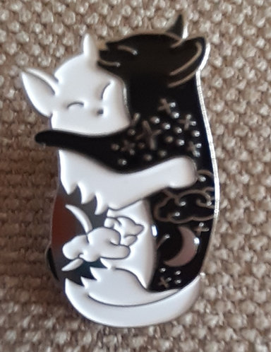 Cuddling Cats pin