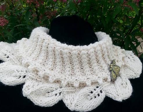 Emily Cowl Knitting Kit